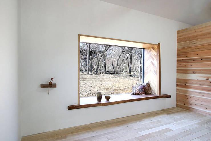 CSH#55 O house: NASU CLUBが手掛けた木製サッシです。,ラスティック 木 木目調