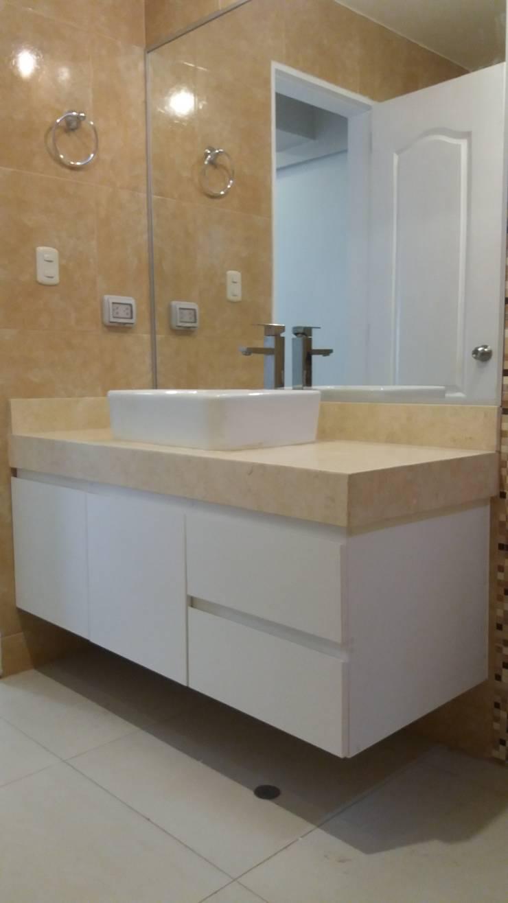 MUEBLES DE BAÑO: Baños de estilo moderno por MARSHEL DUART SRL
