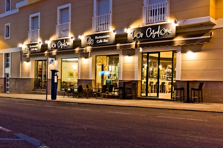 Bars & clubs by SENZA ESPACIOS, Mediterranean