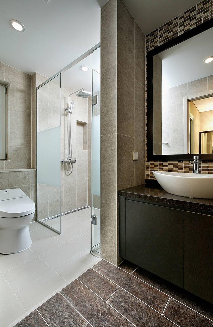 SOMETHING LIKE: OUA 오유에이의  욕실