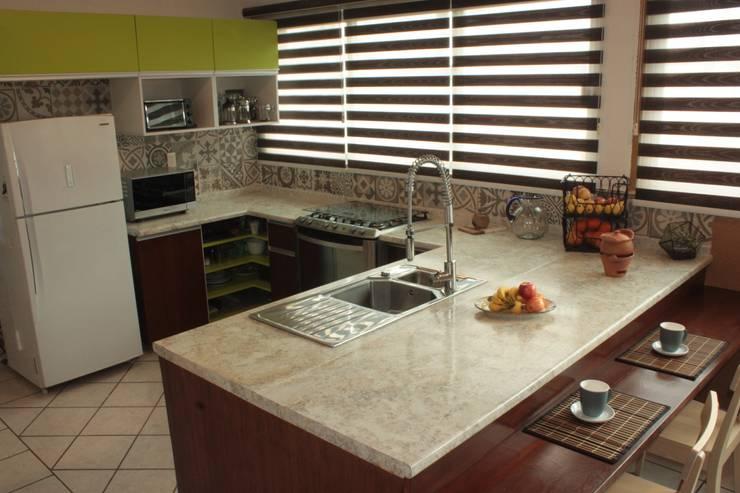 Cocinas integrales dise os y materiales for Azulejos de cocina de loza
