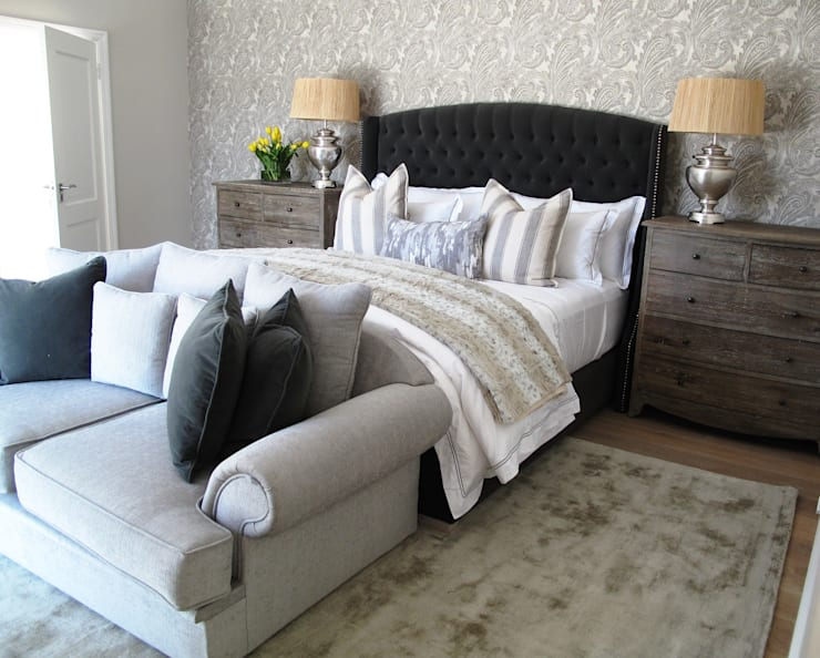 Dainfern:  Bedroom by ByDezign Interiors