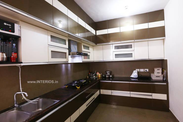 مطبخ تنفيذ Interios by MK Design