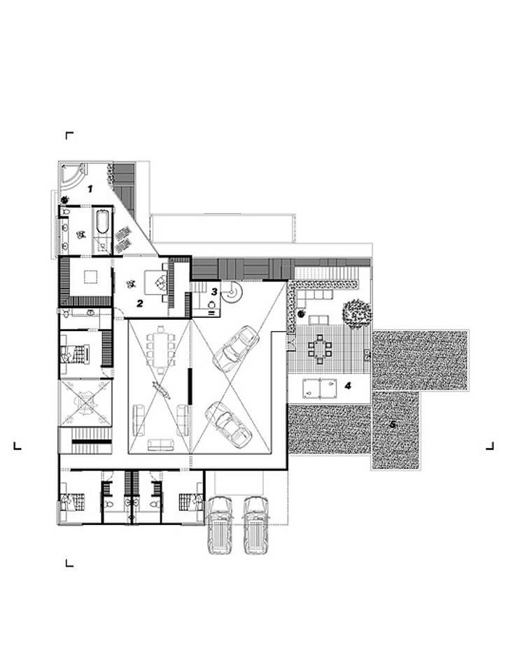 Planta alta:  de estilo  por Grupo PAAR Arquitectos