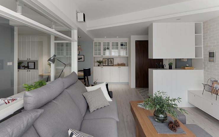 warm:  客廳 by 寓子設計