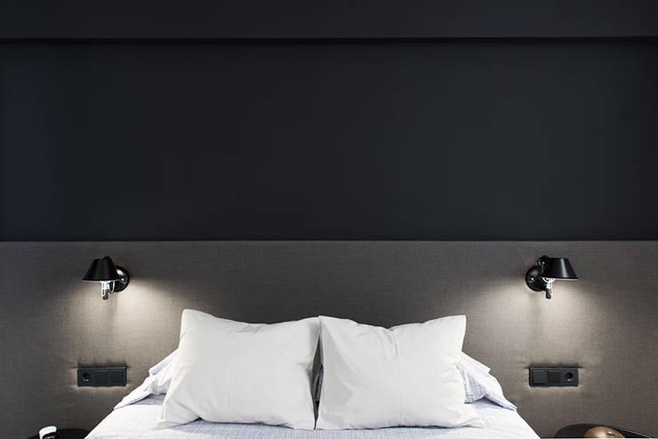 Cabezal cama tapizado de ETNA STUDIO Moderno