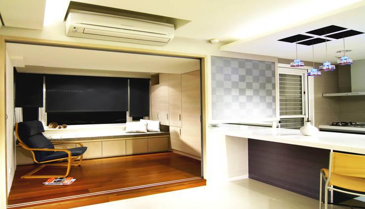 醫學級室內裝修設計:  客廳 by leker.com