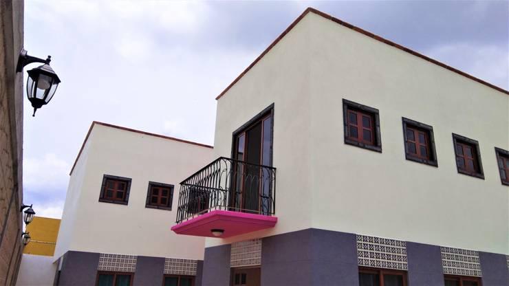Casa Chachapa: Casas unifamiliares de estilo  por Itech Kali