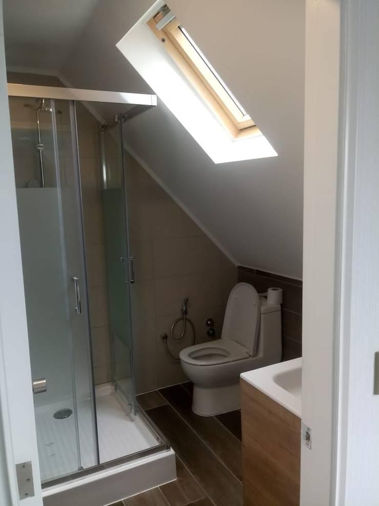 Bathroom by Civco Ltda,