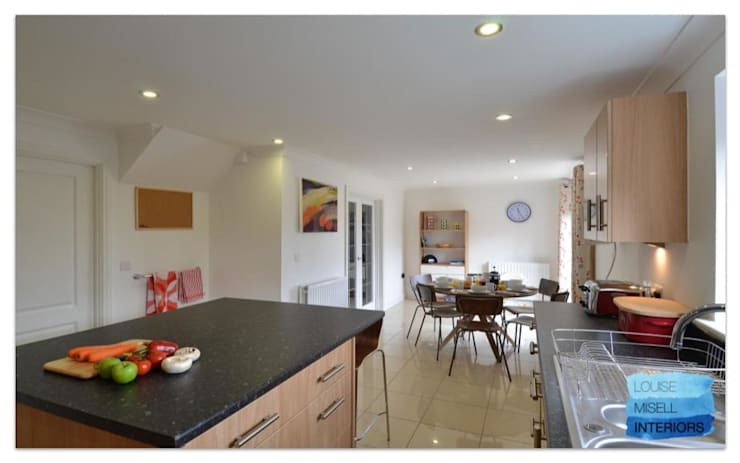 Holiday Rental:  Kitchen by Louise Misell Interiors,