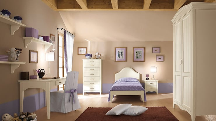 Collezione Romantic: Camera da letto in stile  di Ferrari Arredo & Design