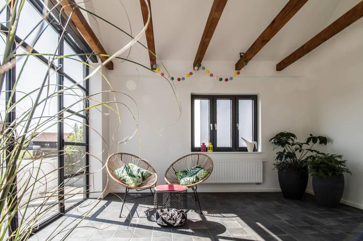 Anexos de estilo  por Fiedler + Partner, Escandinavo