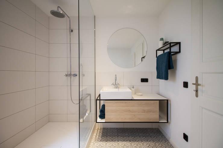 Badezimmer:  Badezimmer von Fiedler + Partner