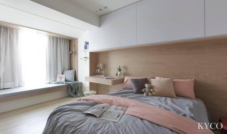 浮光LOFT:  臥室 by 芮晟設計事務所