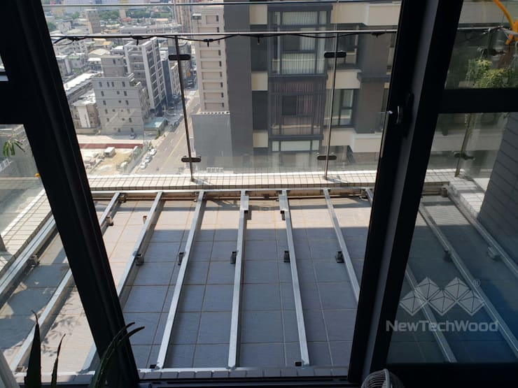 Escaleras de estilo  de 新綠境實業有限公司, Escandinavo Hierro/Acero