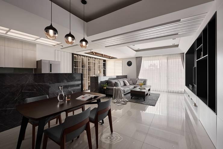 四象限:  餐廳 by 層層室內裝修設計有限公司