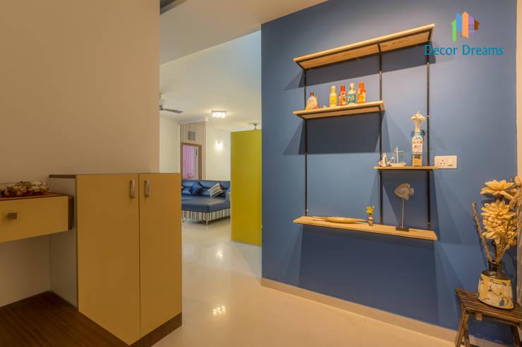 Koridor dan lorong oleh DECOR DREAMS, Modern