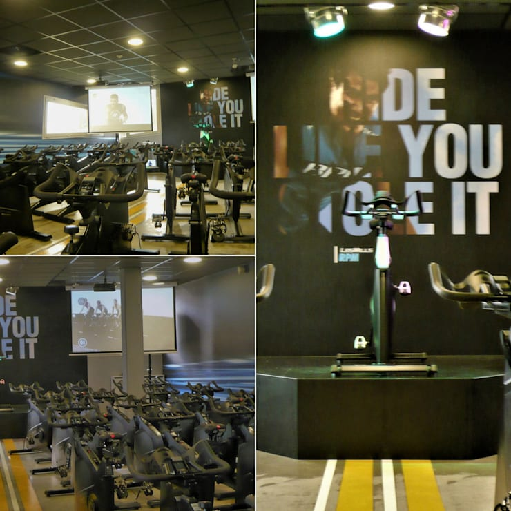 salle de RPM achevée: Locaux commerciaux & Magasins de style  par VALERIE BARTHE AiC