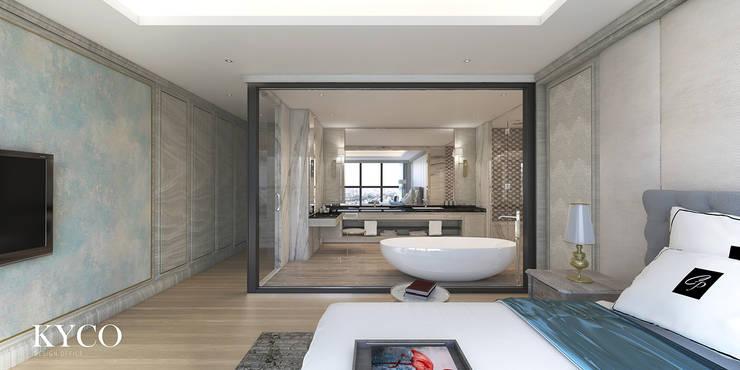 主臥室浴室:  浴室 by 芮晟設計事務所