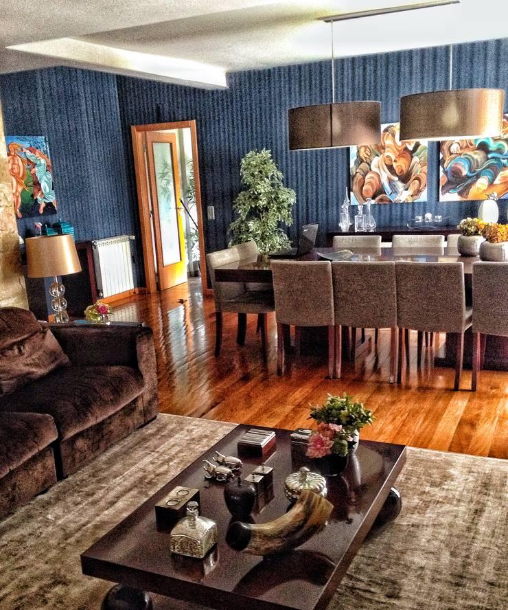 Living Home: Salas de estar  por Andreia Abrantes