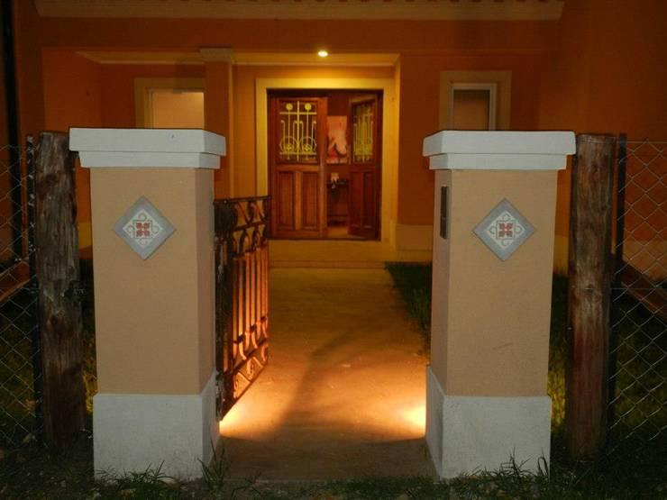 Casa LM: Casas de estilo  por Gomez Vidaguren Arquitectos,