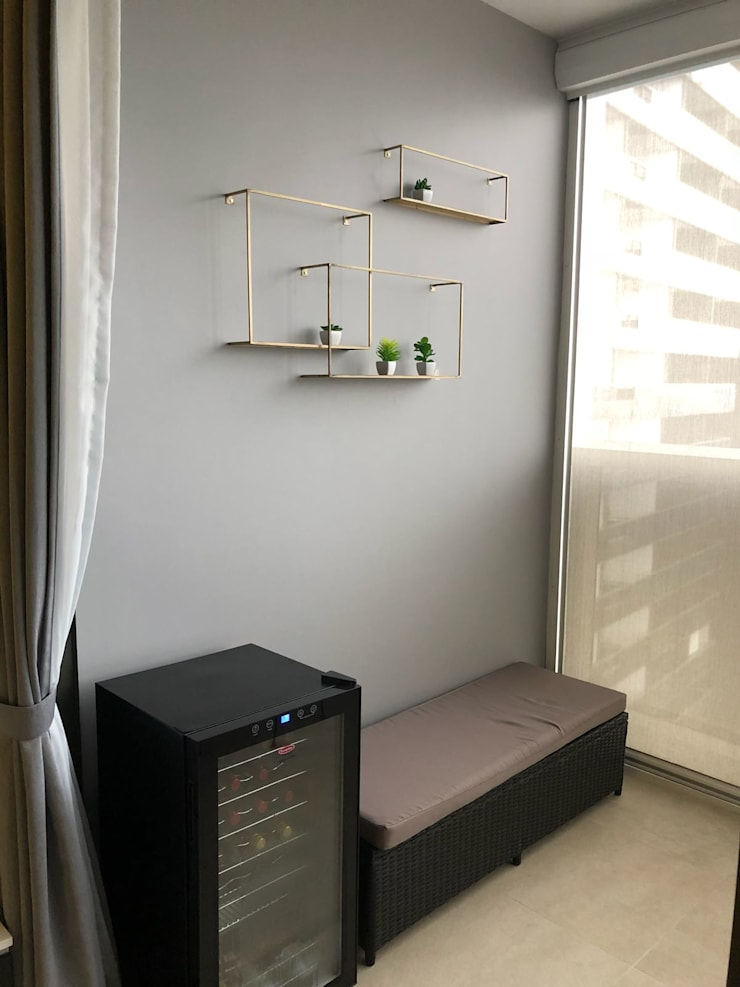 Commonwealth Towers:  Bedroom by Singapore Carpentry Interior Design Pte Ltd