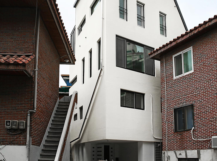 Between.H: AAPA건축사사무소의  주택