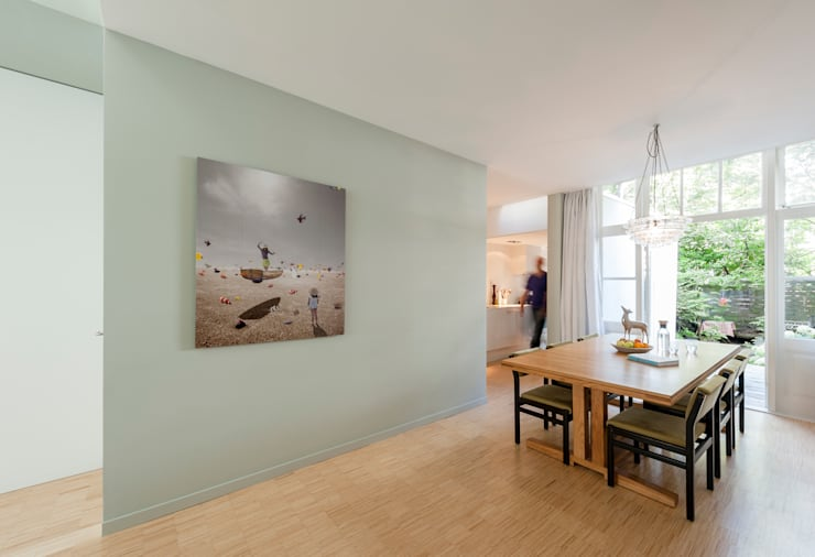Woonhuis Brederodestraat:  Eetkamer door Bas Vogelpoel Architecten, Modern Hout Hout