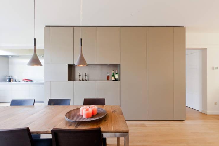 โดย Bas Vogelpoel Architecten โมเดิร์น ไม้ Wood effect