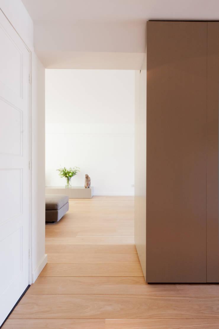 by Bas Vogelpoel Architecten Modern Wood Wood effect