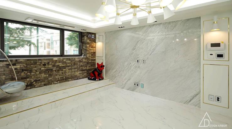골드 컨셉, 인천 만수동 상가주택 인테리어: 디자인 아버의  거실