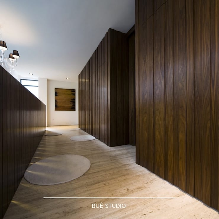 Private Residence:  ตกแต่งภายใน by Bue Studio Co.,Ltd.