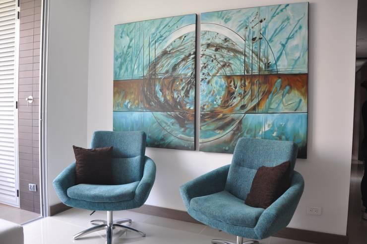 Fontliving. Viviendo tu propia historia: Salas de estilo moderno por Natalia Mesa design studio