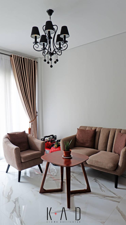 Living Room:   by KAD Firma Arsitektur