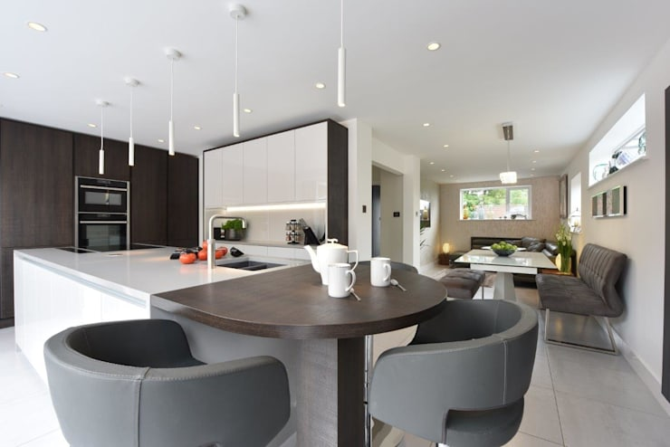 Mr & Mrs Hardman - Williams:  Built-in kitchens by Diane Berry Kitchens
