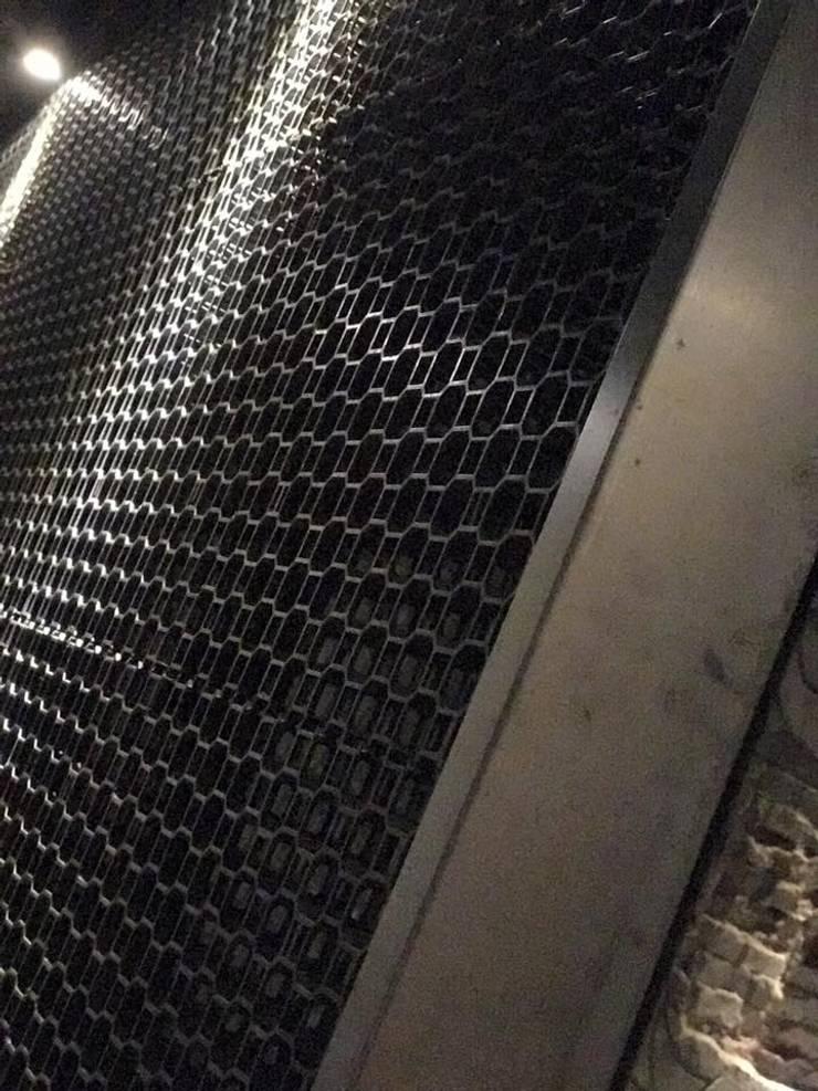 台北市案例-壹酒柒吧海鮮炭烤餐廳:   by 雲展建築設計 Winstarts Architectural Design Group