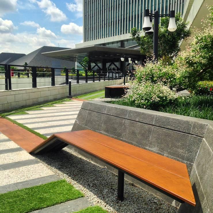 Radisson Hotel Lounge:   by KAD Firma Arsitektur
