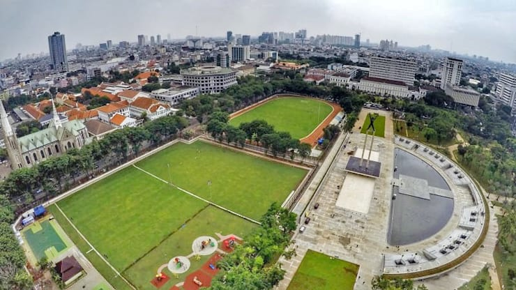 LAPANGAN BANTENG, JAKARTA PUSAT:  Stadiums by PT. Kampung Flora Cipta