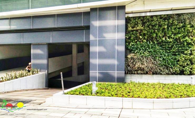 SCBD Lot 10:  Gedung perkantoran by PT. Kampung Flora Cipta