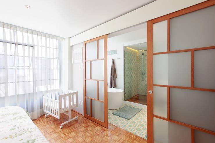 Remodelación departamento México D.F. .- Parque México de All Arquitectura Tropical Compuestos de madera y plástico