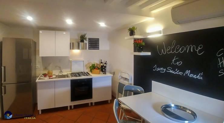 مطبخ تنفيذ Angela Paniccia Home Staging& Redesigner  - Consulente d'immagine immobiliare