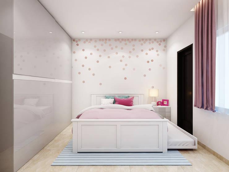 TUSCAN ESTATE:  Nursery/kid's room by Spaces Alive