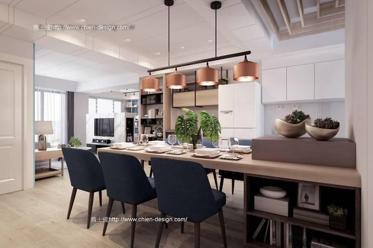 桃園黃宅 Modern dining room by 鼎士達室內裝修企劃 Modern Solid Wood Multicolored