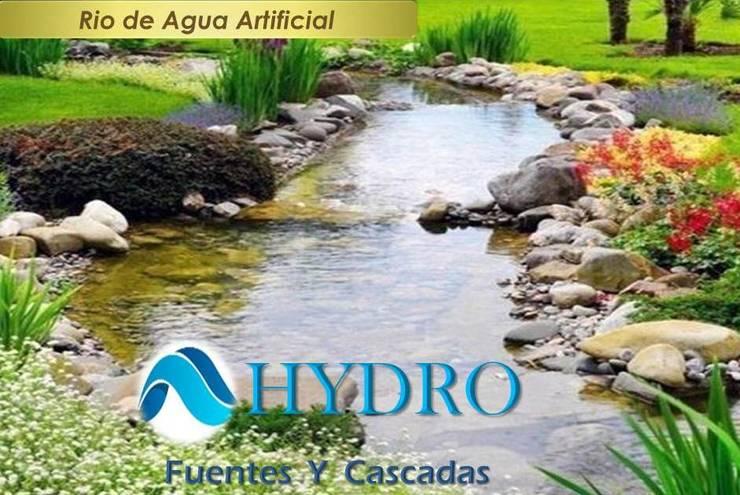 Rio de Agua Artificial: Hoteles de estilo  por HYDRO FUENTES Y CASCADAS