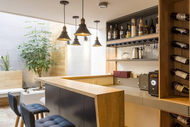 diseño interior jardín adentro Estudios y despachos de estilo clásico de Adrede Diseño Clásico