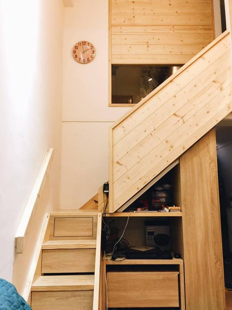 樓梯收納:  樓梯 by 圓方空間設計