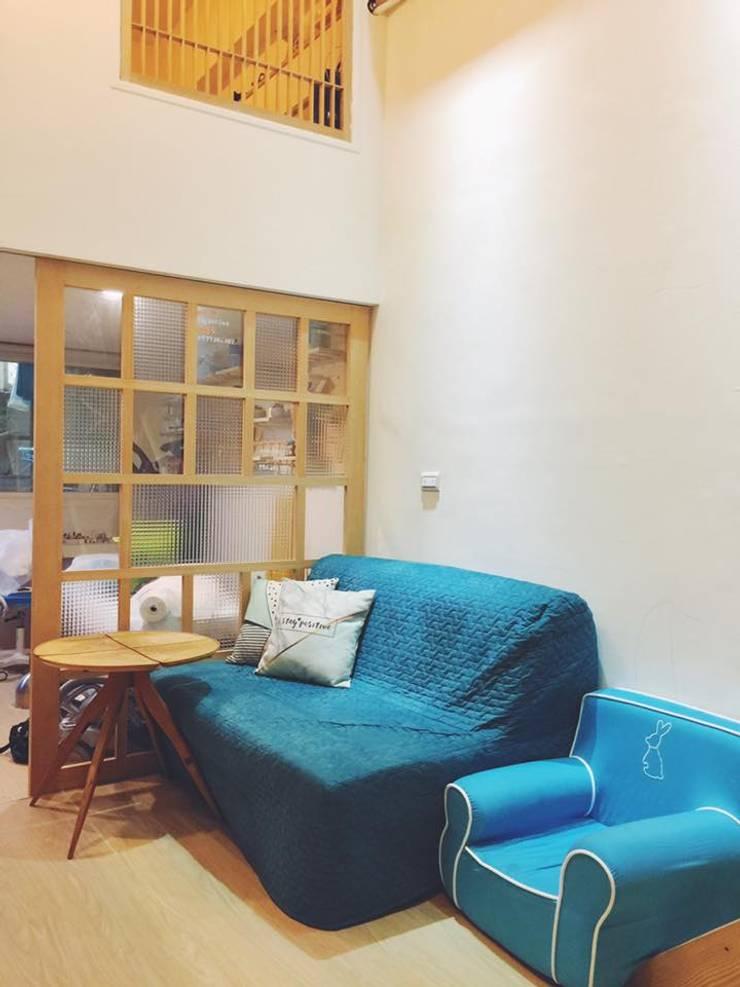 客廳 by 圓方空間設計 Minimalist Plywood