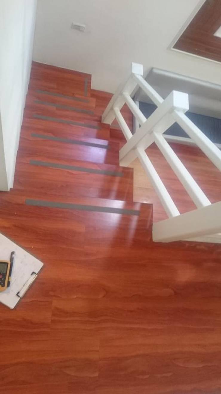 施工前樓梯:   by 圓方空間設計