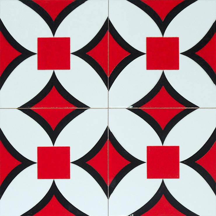 classic  by Armada Çini & Seramik, Classic Synthetic Brown