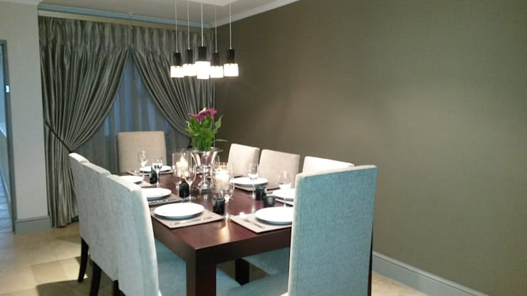 Sandton Style Penthouse Living:  Dining room by CKW Lifestyle